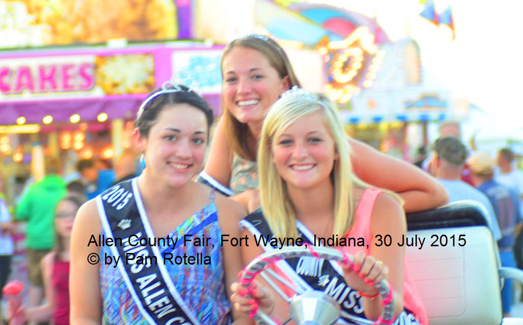 Saturation boosted on picture of Indiana pageant winners, photo by Pam Rotella